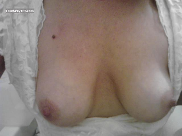 Tit Flash: Small Tits By IPhone - Shannon from United States